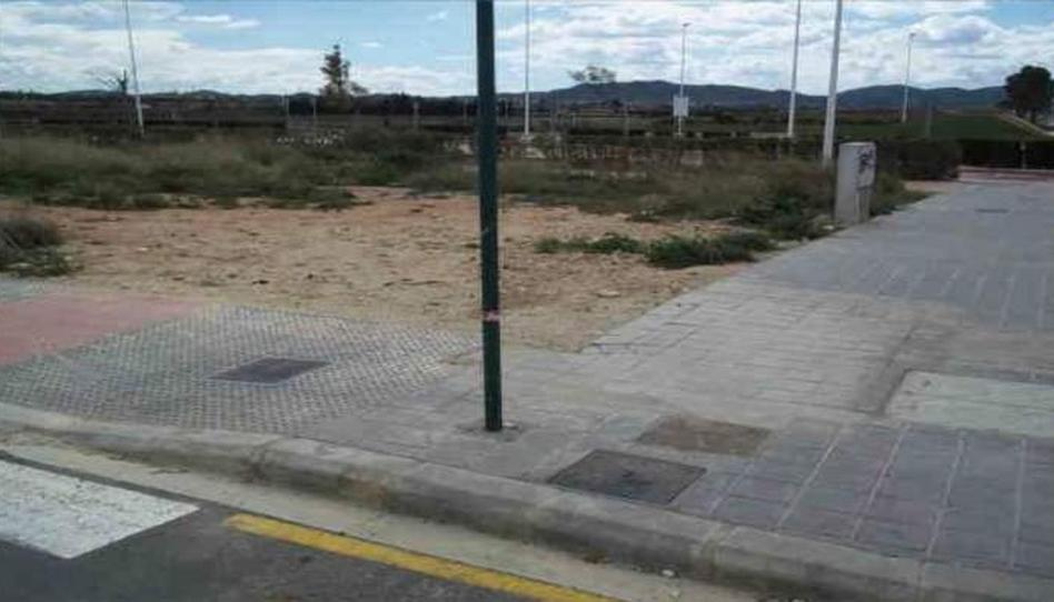 Foto 1 de Terreno en venta en C/ Unidad de Ejecución, Nº 8b - Pda. la Foia - La Pobla de Vallbona ciudad, Valencia