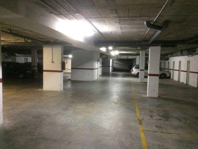 Posto auto  Vía ronda de s´estancia. Solvia inmobiliaria - garaje mercadal (es)