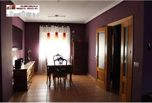 Casa adosada en Venta en Bargas / Bargas