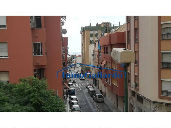 Foto 2 de Piso en El Palo / El Candado - El Palo, Málaga Capital