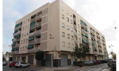 Plazas de garaje de alquiler en Hospital de Manises, Valencia