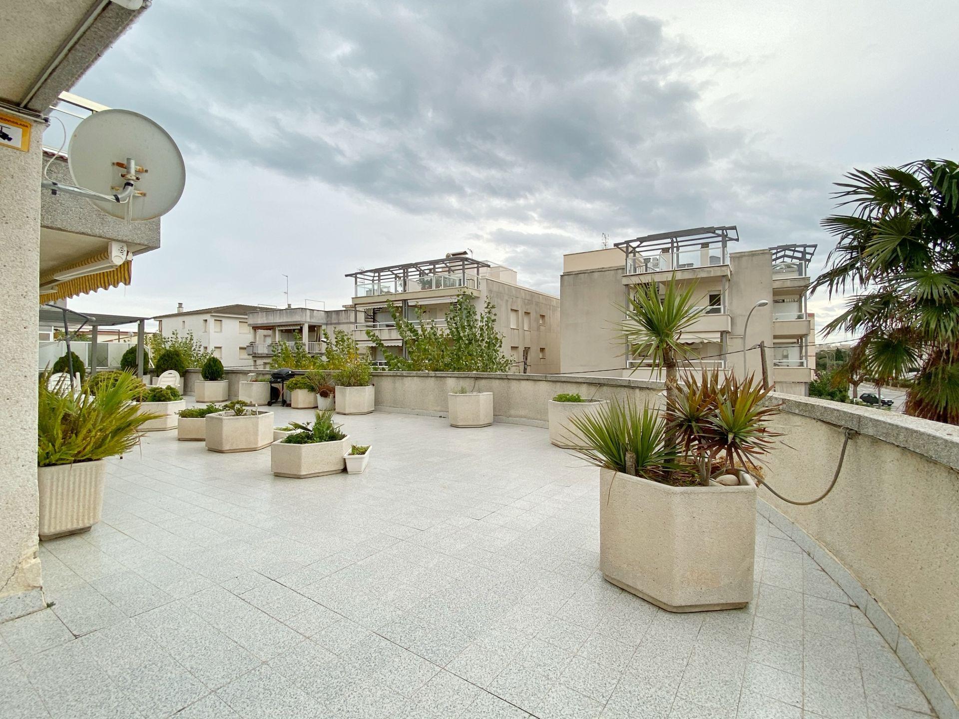 Location Appartement  Maritim. Apartamento con terraza de 180 m² en alquiler en  cubelles - zon