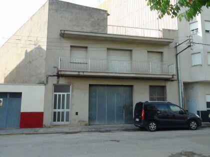 Bureau  Carretera la senia, 7. Oficina en venta en ulldecona.