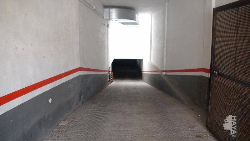 Parking coche  Calle vicent auba, 18. Garaje en venta en ulldecona.
