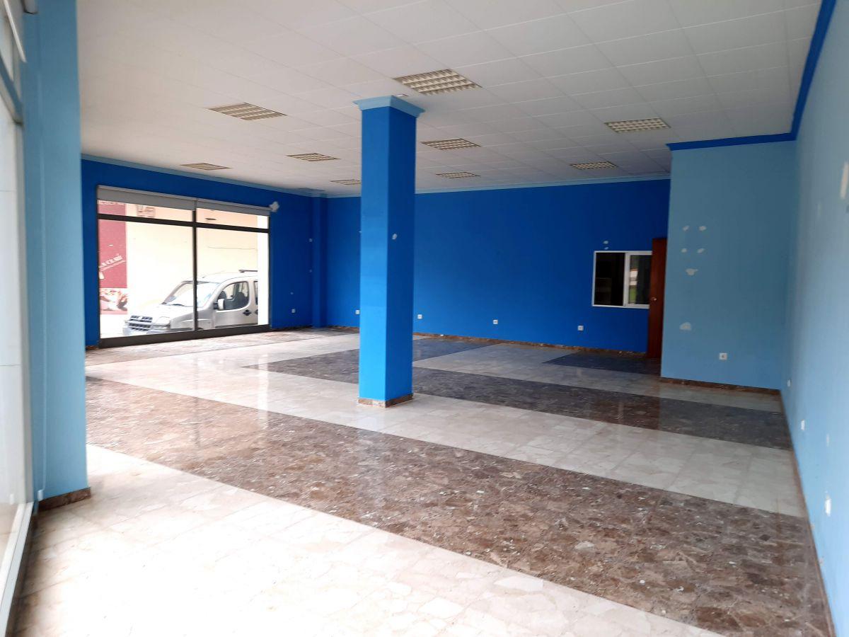 Local Comercial  Plaza catalunya, 12. Local com. en venta en ulldecona.