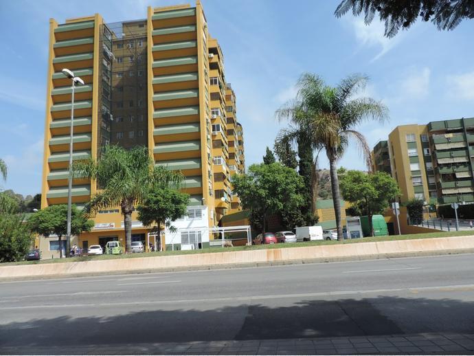 Foto 3 de Dúplex en Calle Avenida Carlos Haya / Carlos Haya, Málaga Capital