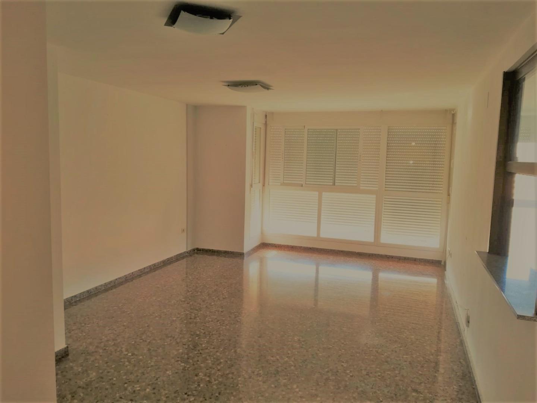 Location Appartement  Avenida del camí nou, 203. Alquilo piso finca semi nueva xirivella, exterior muy luminoso,