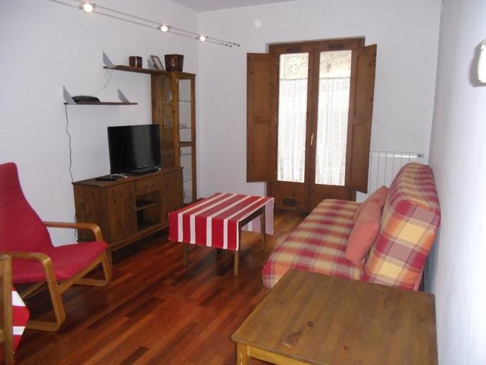 Apartamento en camprodon en calle ferrer barbara 141702896 for Pisos alquiler camprodon