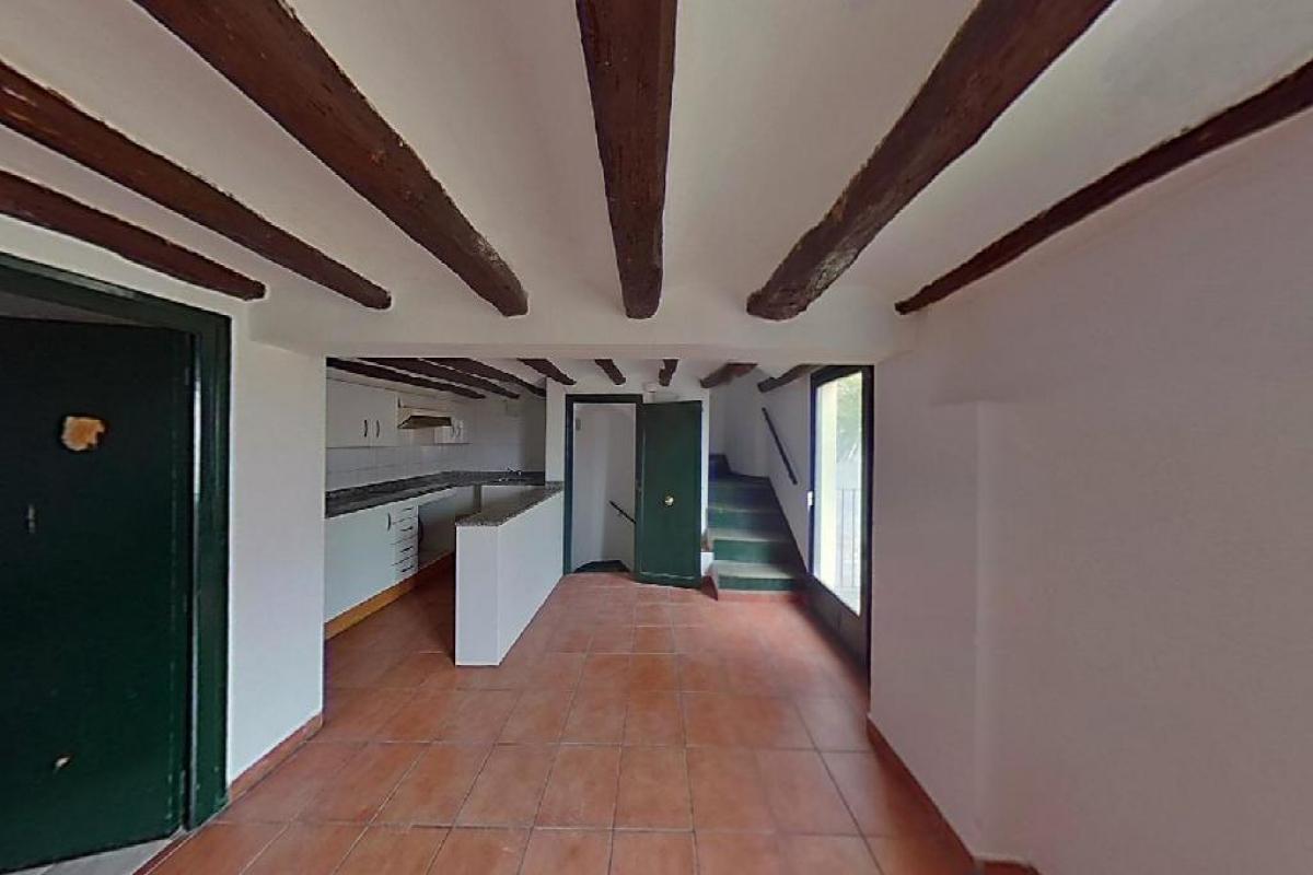 House  Santa madrona, 12