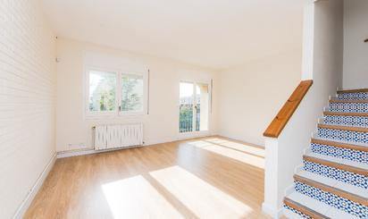 Casa adosada en venta en Castelldefels