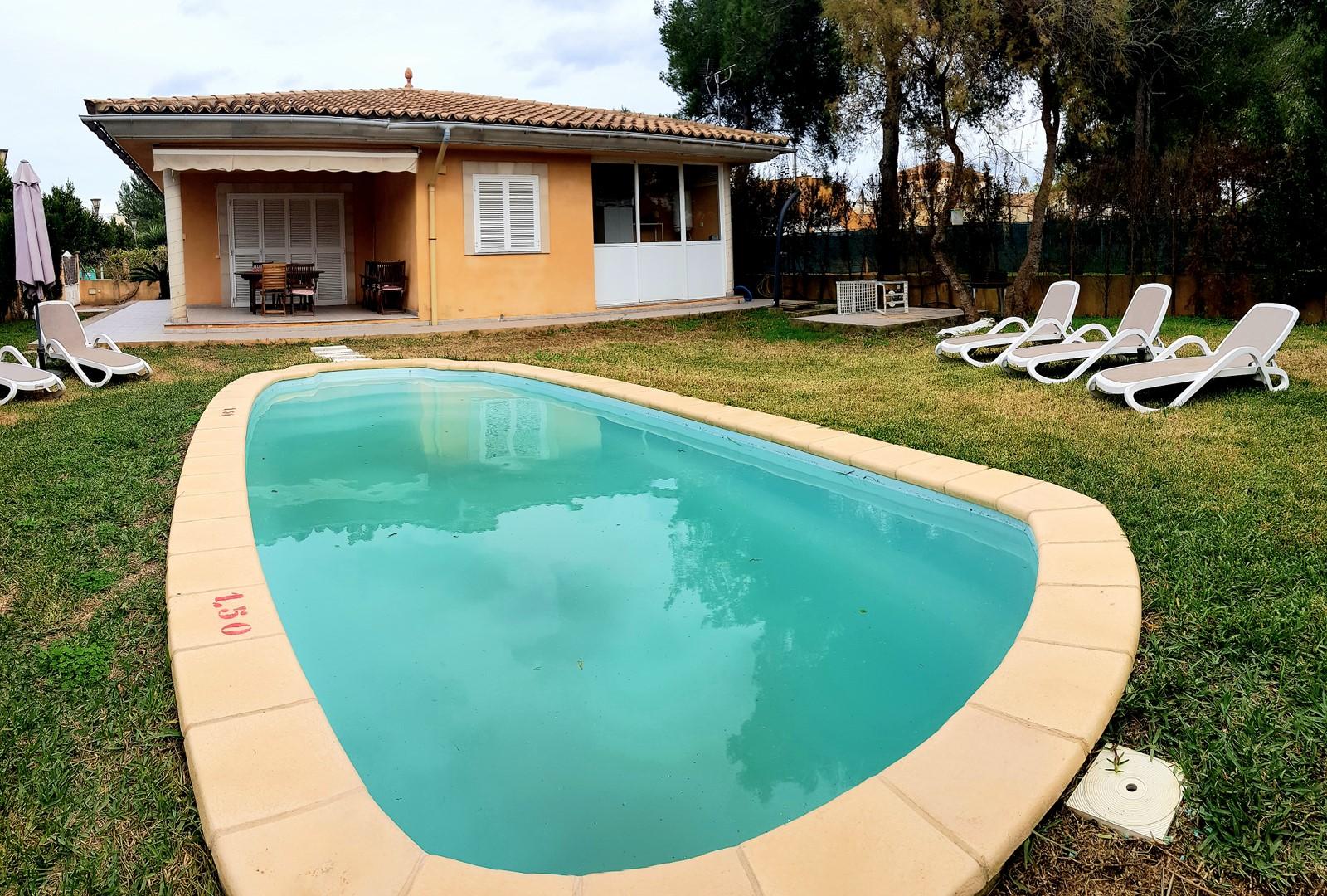 Alquiler Casa  Calle quinto. Unifamiliar con piscina.