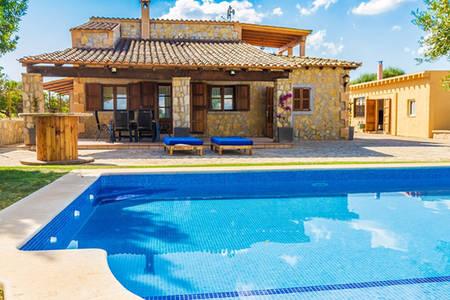 Location Maison  Camí de son roig. Rústica con piscina .