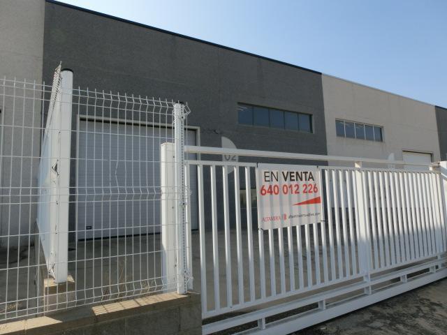 Nau industrial a Santa Bàrbara