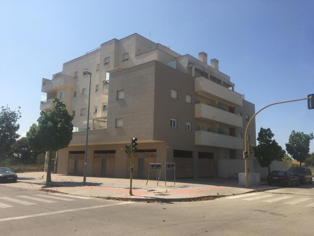 Alquiler Local Comercial en El Juncal - Vallealto