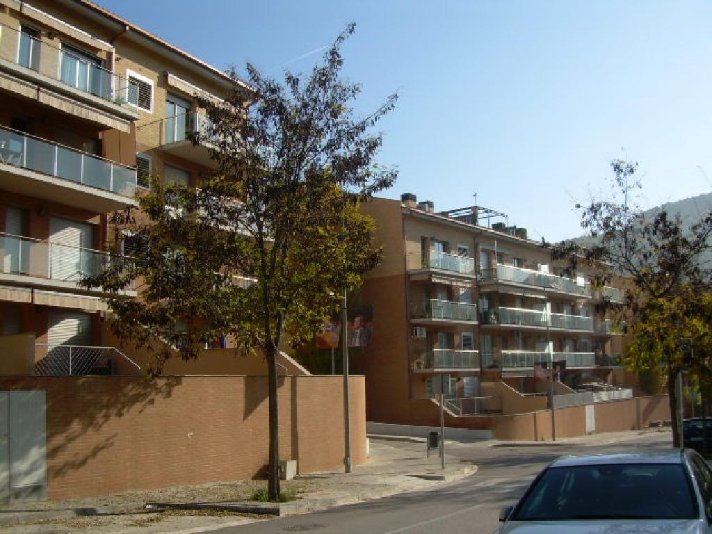 Aparcament cotxe a Corbera de Llobregat