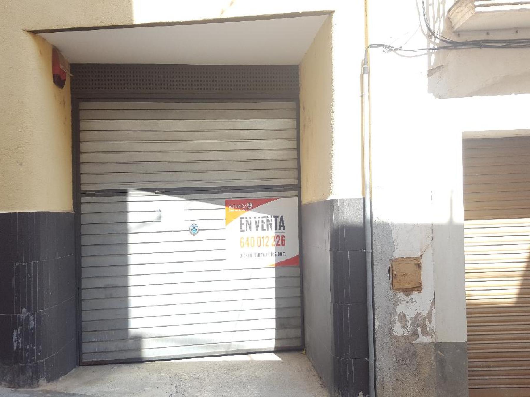 Car parking in Sant Llorenç d´Hortons