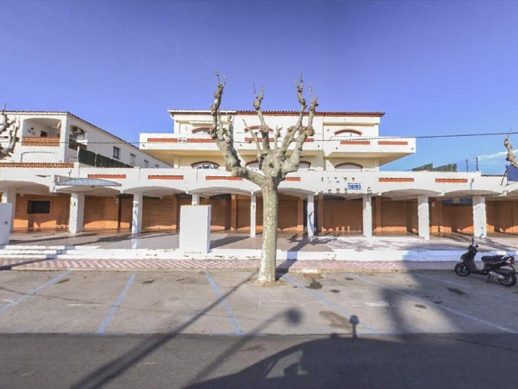 Alquiler Local Comercial en Eixample Nord