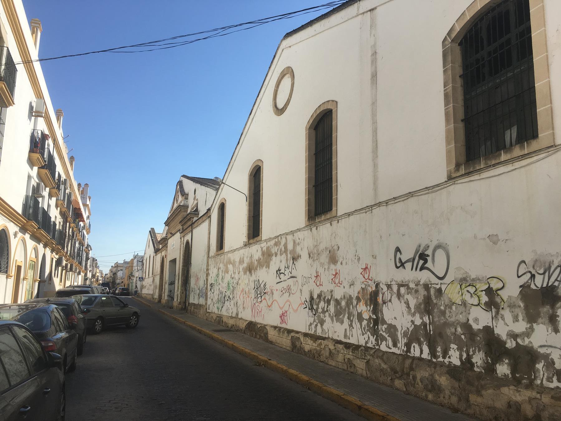 Nave industrial en Plaza de Toros - Ayuntamiento