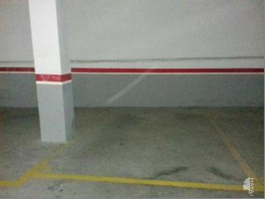 Parking coche  Escoles