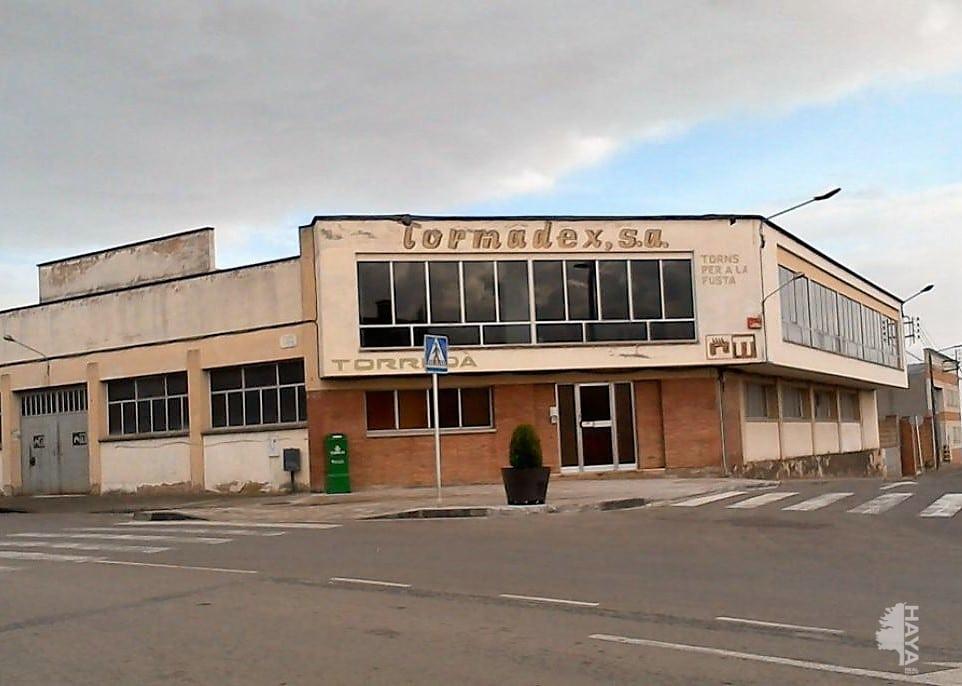Fabrikhalle  Avenida els pirineus. Nave adosada en venta en avenida els pirineus, torelló, barcelon