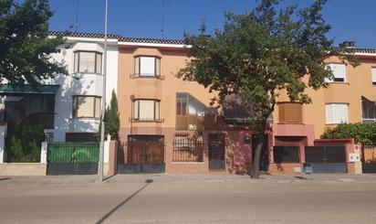 Casa o chalet de alquiler en Menendez Pelayo, Villarrobledo