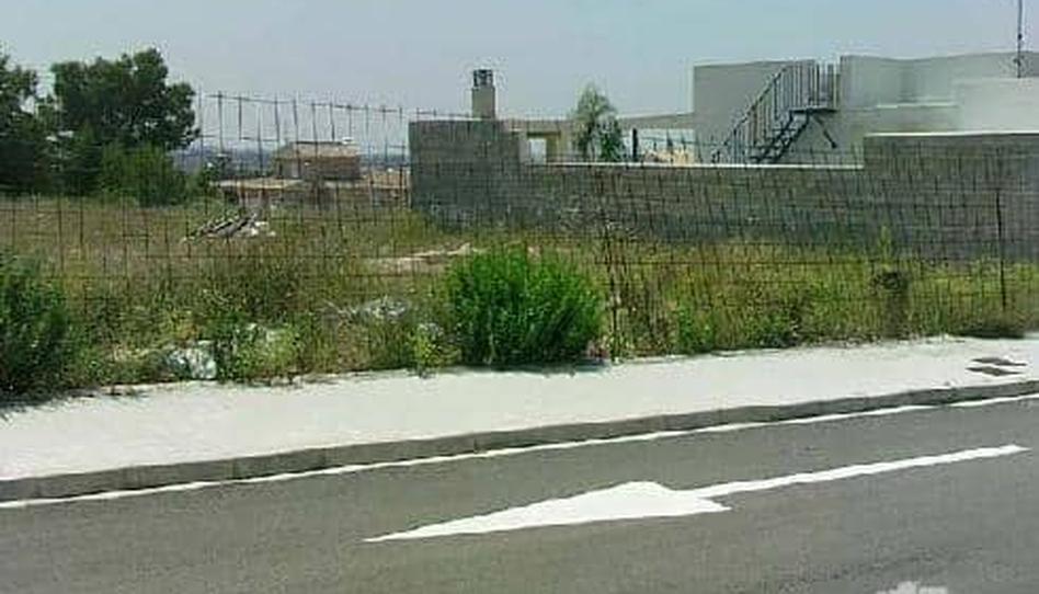 Foto 1 de Terreno en venta en H-1,h-2 (ur.lloma Llarga-barranc Sud) Urbanización Camp de Túria, Valencia