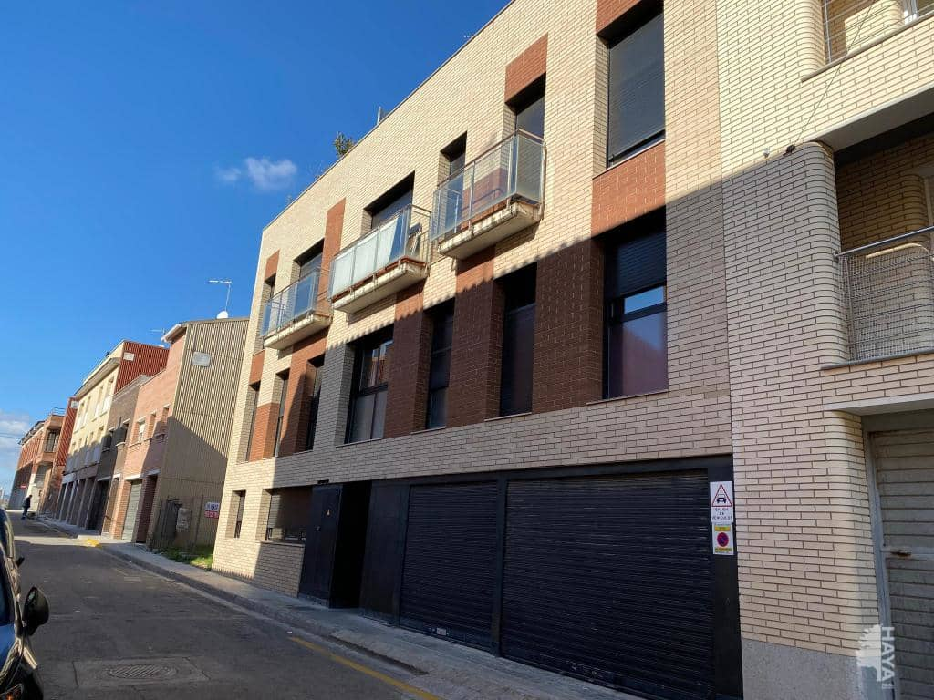 Parking coche  Calle manyoses. Garaje en venta en calle manyoses, òdena, barcelona