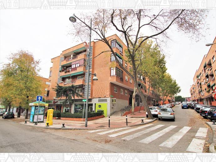 Foto 1 de Piso en Calle Pintor Rosales 1 / Ensanche, Alcobendas