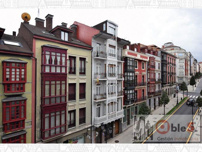 Foto 1 de Piso en Calle Rosal 66-68 / Santo Domingo, Oviedo