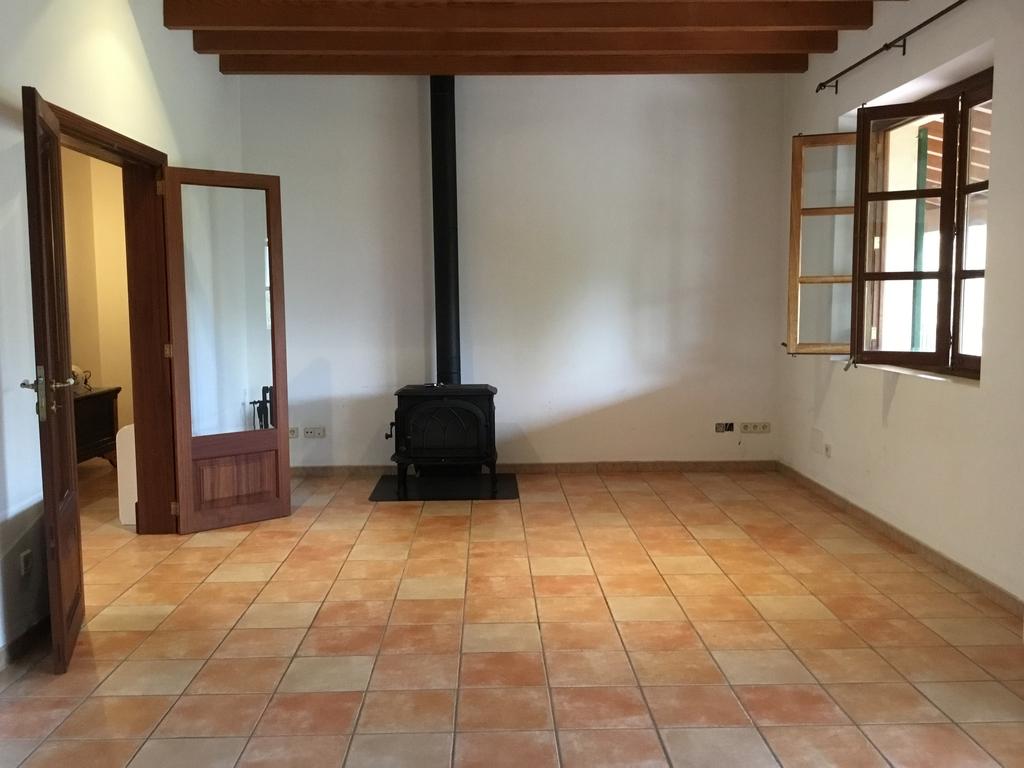 Affitto Casa  Calle aim property, 87. Casa de campo de un solo nivel a las afueras de Alaró, cerca de
