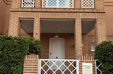Einfamilien-Reihenhaus zum verkauf in  Toledo Capital