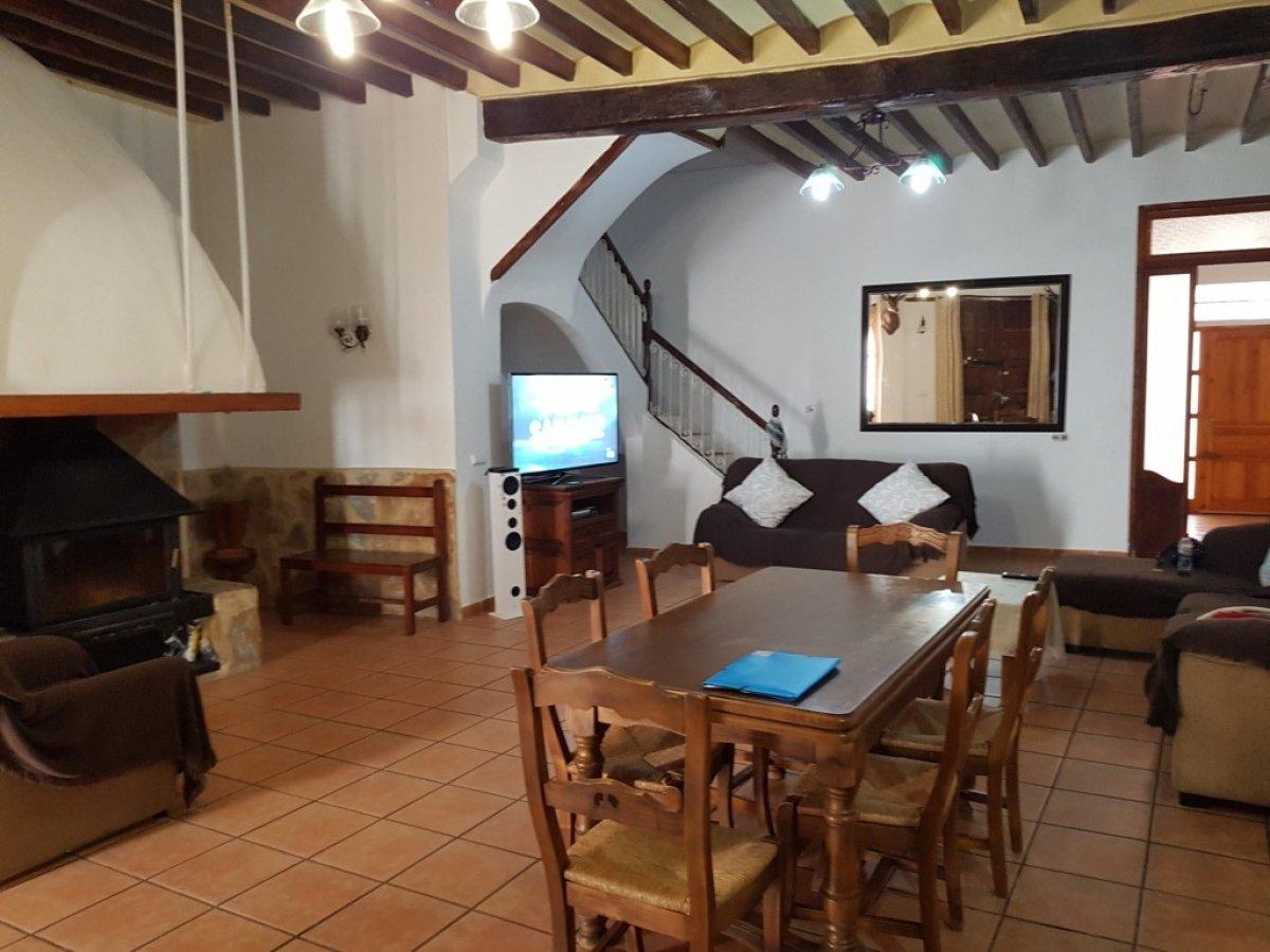 Casa  San juan alicante ,pueblo. Casa de 2 plantas mas buhardilla en el centro de san juan