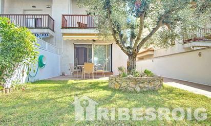 Casa adosada en venta en Sant Pere de Ribes pueblo