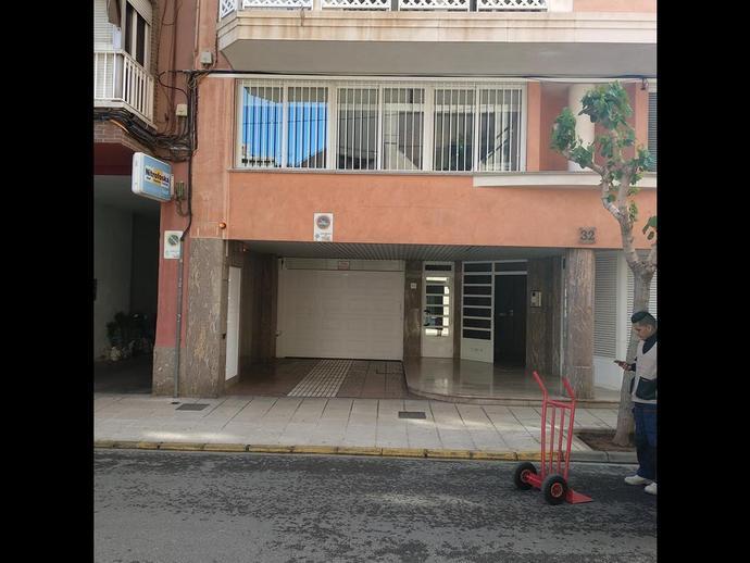 Foto 2 von Garage in Calle de Sanahuja, 32 Norte