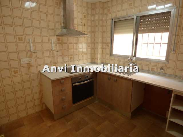 Location Appartement  Vilamarxant. Bajo vivienda en vilamarxant 375€