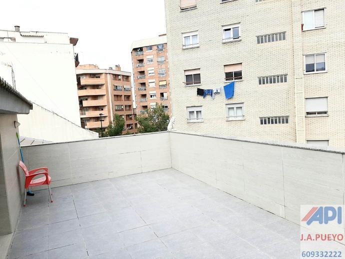 Foto 3 de Casa adosada en venta en Calle Nuestra Señora de Begoña, 22 La Bozada – Parque Delicias, Zaragoza