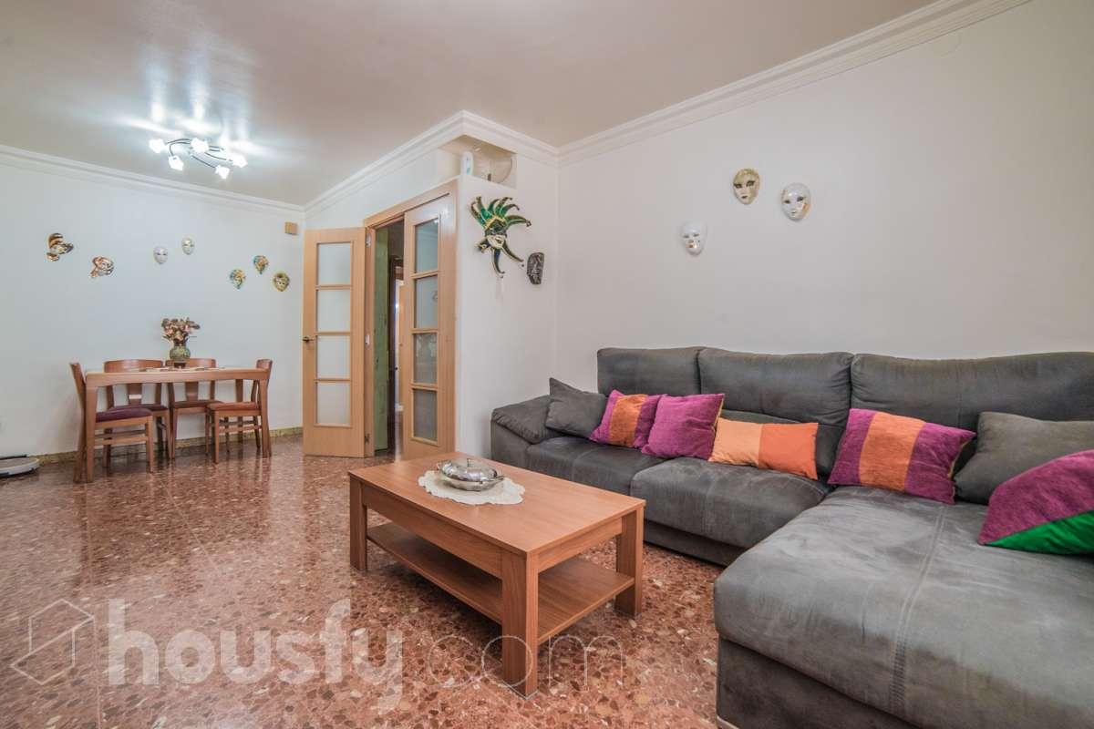 Piso  Calle carrer carlemany, 23. Genial piso en cerdanyola  compraventa entre particulares y sin