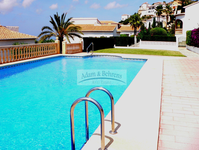 Casa  Calle río turia. Pedreguer - monte solana - villa tres palmeras