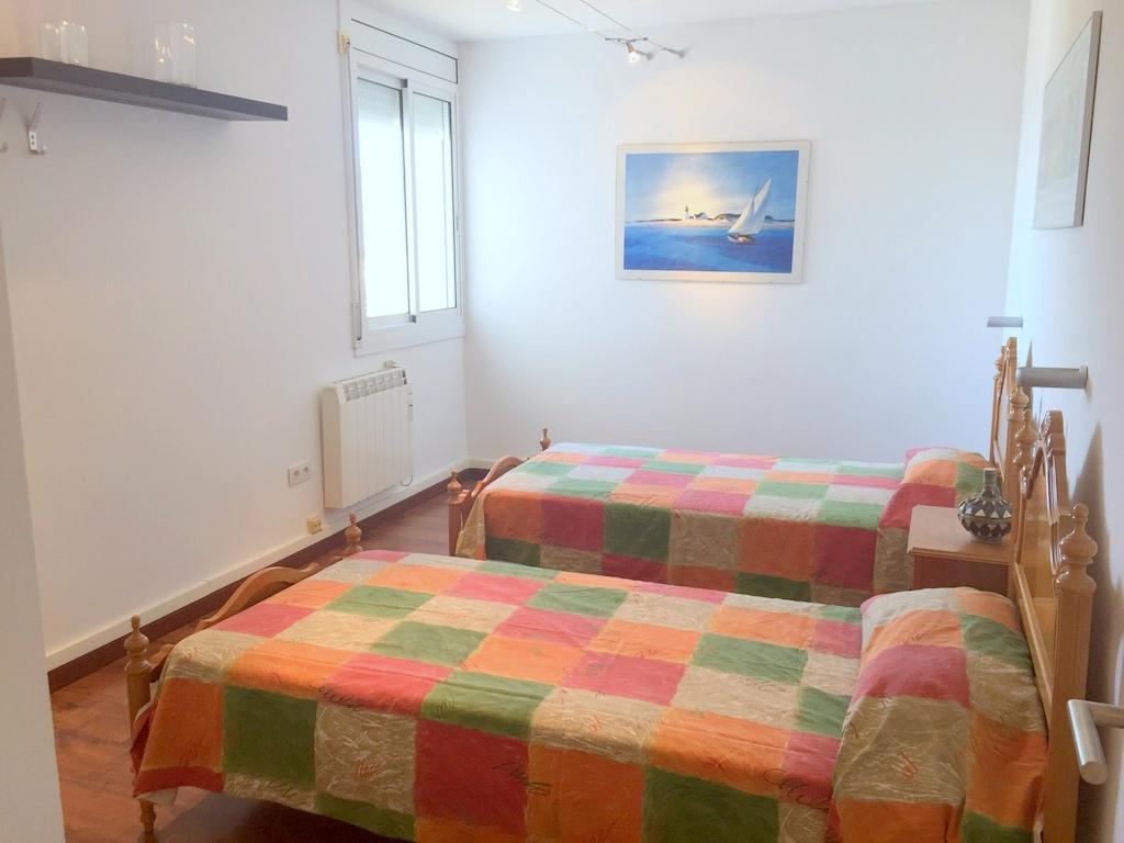 Pis  Carrer francesc alegre. Apartamento de dos dormitorios con magnificas vistas