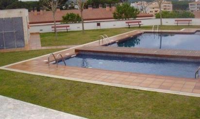 Casas adosadas en venta con piscina en España