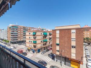 Plantas intermedias de alquiler con opción a compra baratos en Valencia Capital