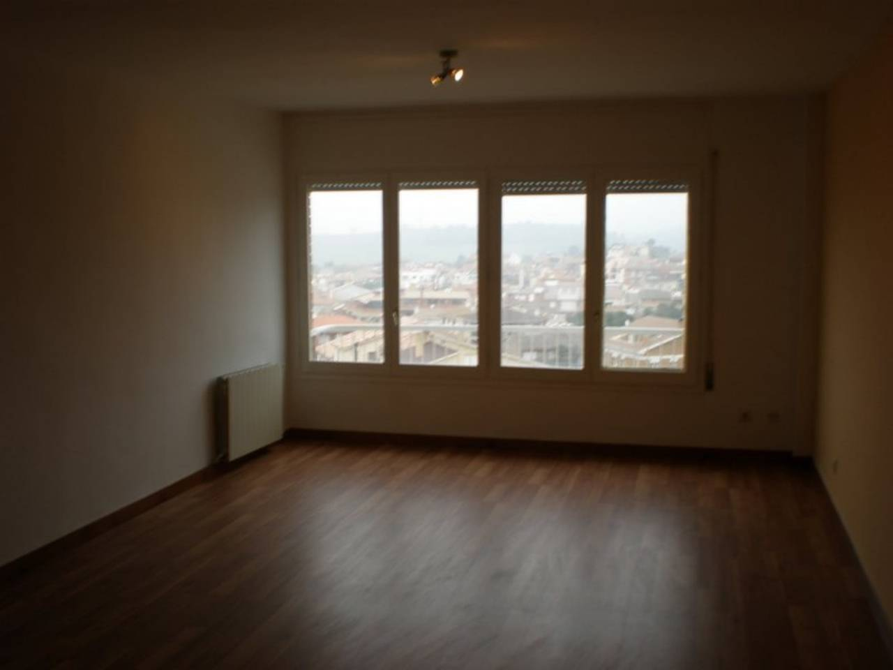 Piso  Artés. Gran oportunidad de ser propietario de un piso con vistas espect