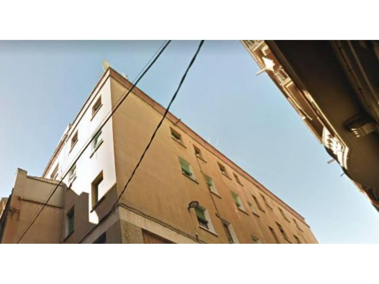 Edificio  Antic. Edificio en pleno centro con rentabilidad de un 6,5%, de alquile