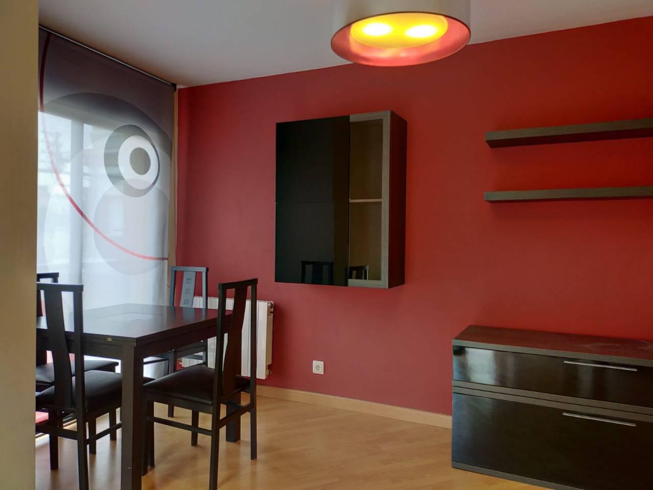 Lloguer Pis  Sant vicenç de castellet. Bonito piso en alquiler en sant vicenç de castellet, tiene 55 m²