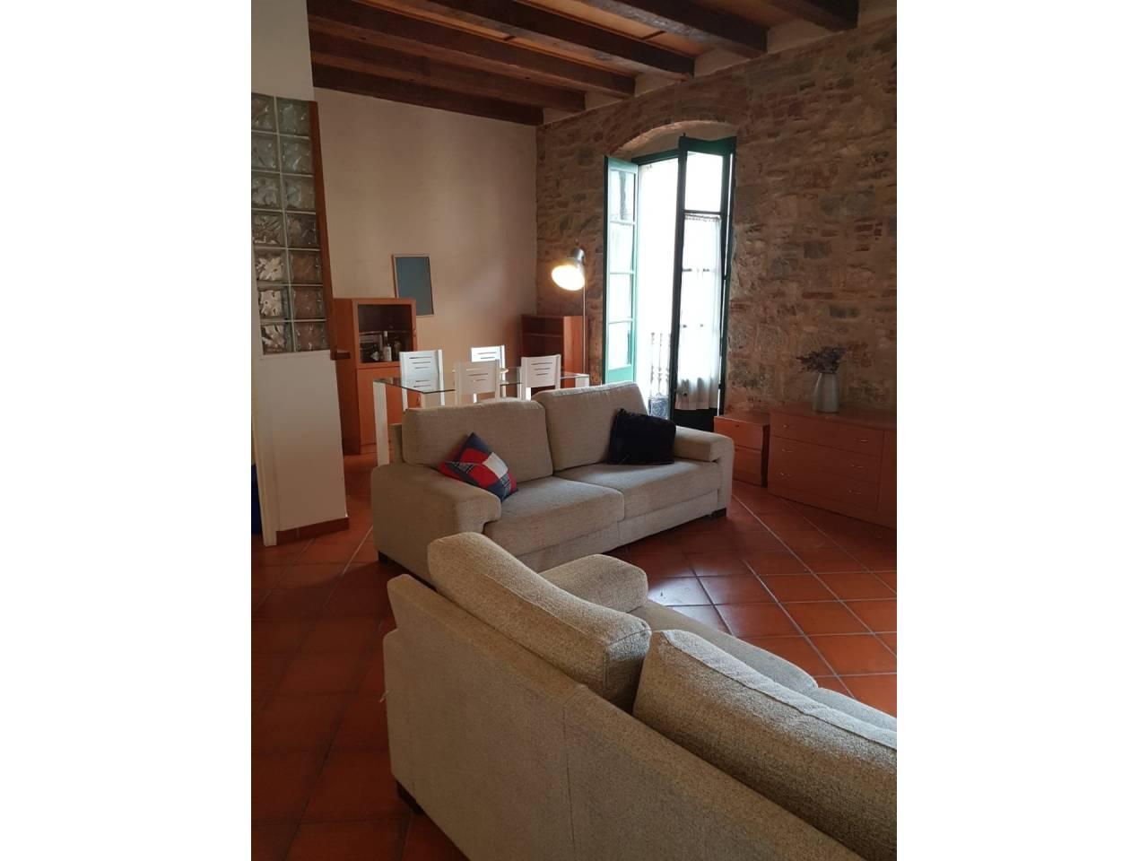Alquiler Piso  Calle abeuradors. Superf. 65 m², útil 63 m²,  2 habitaciones ( 1 suite,  1 individ
