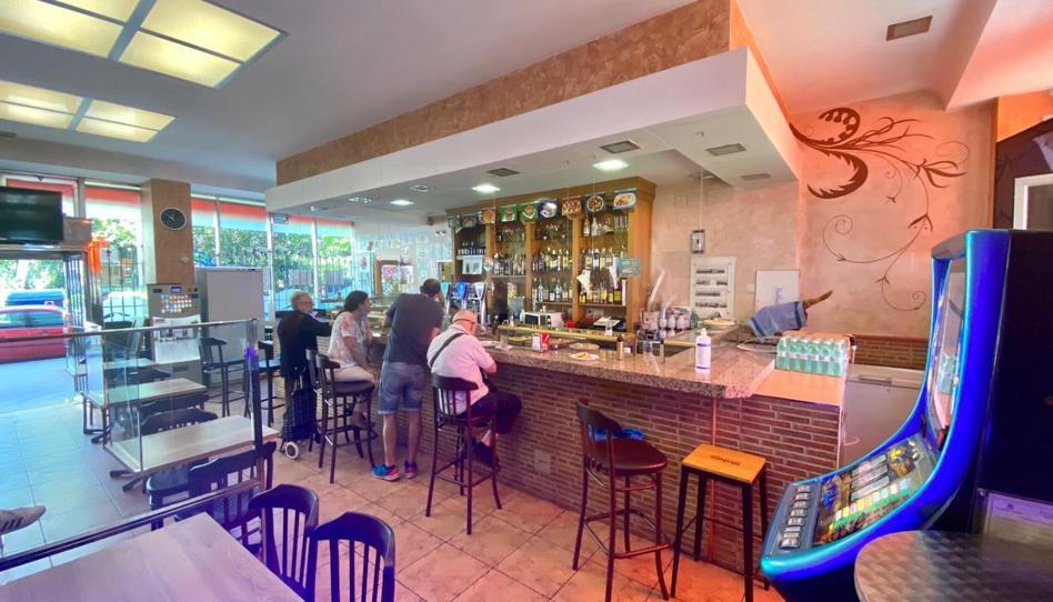 Foto 1 de Local en venta en Calle Villamanín, 35 Lucero, Madrid