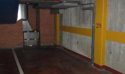 Places de garatge de lloguer a Parc de l'Alhambra, Barcelona