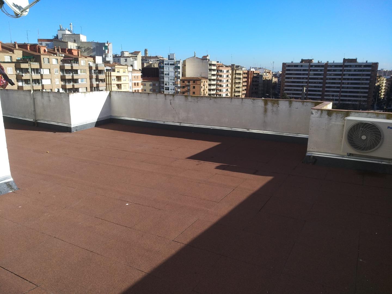 Alquiler Piso  Lleida capital - pça payessos. Amplia, cuadrada y muy luminosa vivienda, ubicada frente a la pl
