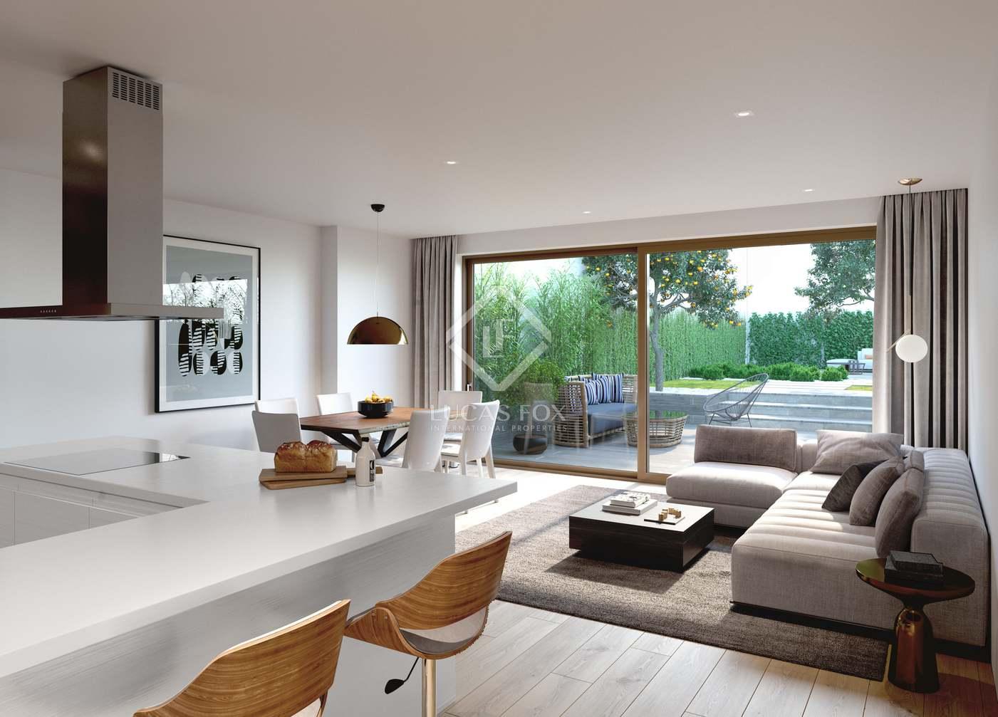 Piso en Dreta de l´Eixample. Piso dúplex de 2 dormitorios con jardín de 100 m² en venta en el