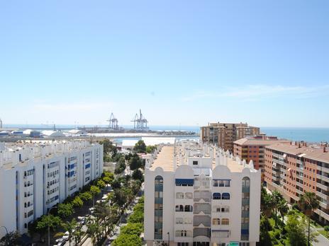 Pisos de alquiler con ascensor en Málaga Capital